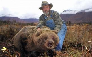 Alaska Bear Bait Hunting Lodge with Top Gun Treks Guide Service
